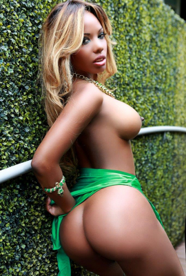 Escort Marbella Maya sex Brazilian chocolate model